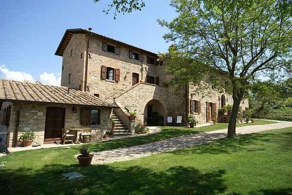 Ferienhaus in Montone
