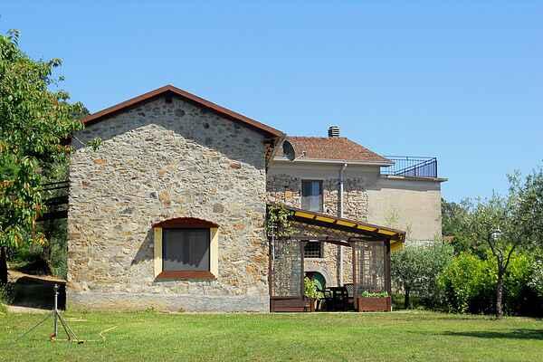 Cottage in Montebello di Mezzo