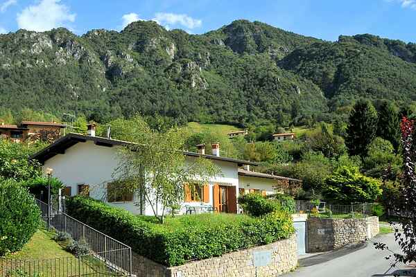Holiday home in Idro