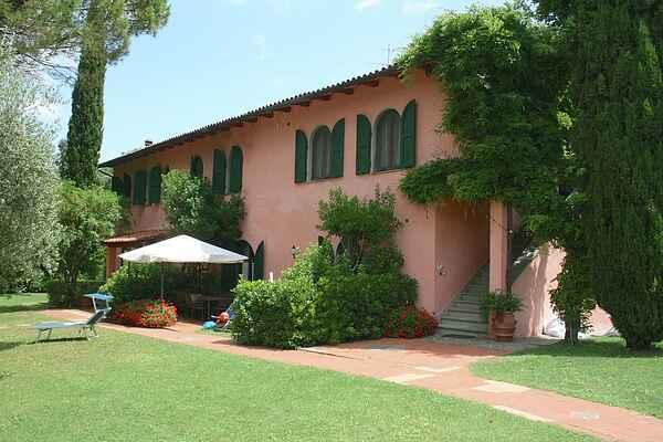 Gårdhus i San Vivaldo