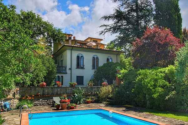 Villa i Subbiano