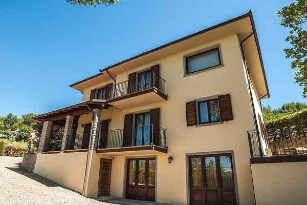 Villa in Lonnano