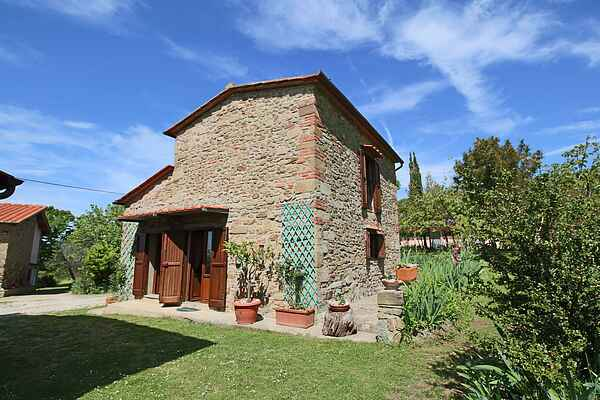 Farm house in Castelfranco di Sopra