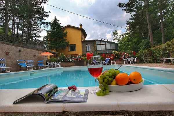 Villa en Scheggia