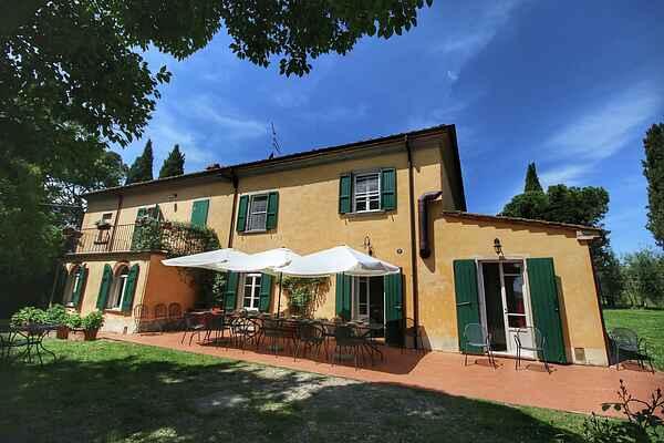 Villa in Marciano