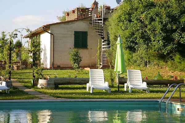 Holiday home in Guistrigona