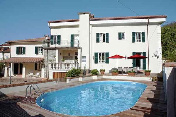 Villa en Corlaga
