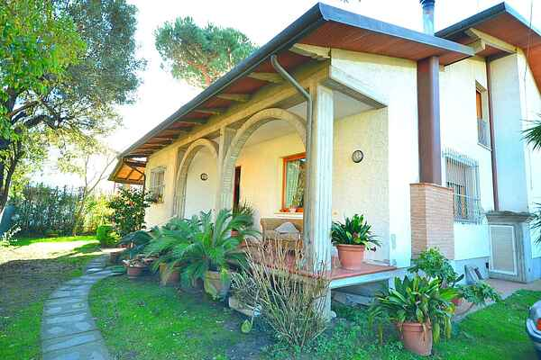Holiday home in Capanne-Prato-Cinquale