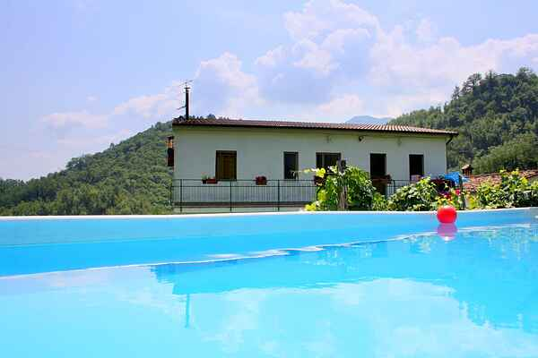 Holiday home in Molazzana