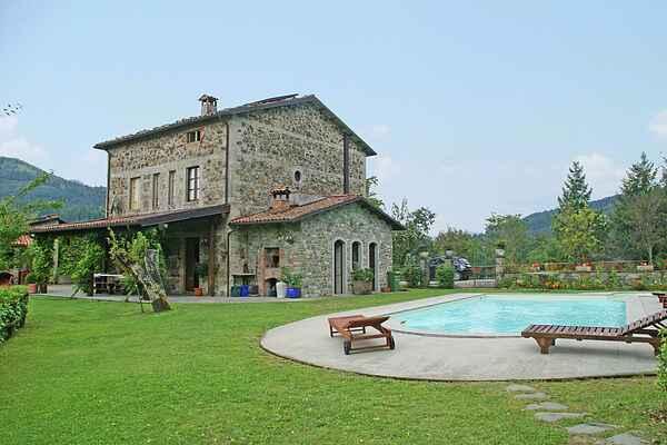 Villa in San Romano in Garfagnana