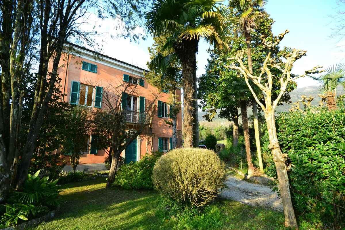 Buy a house in Mallorca Camaiore