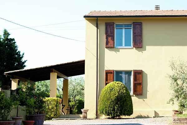 Holiday home in Lorenzana