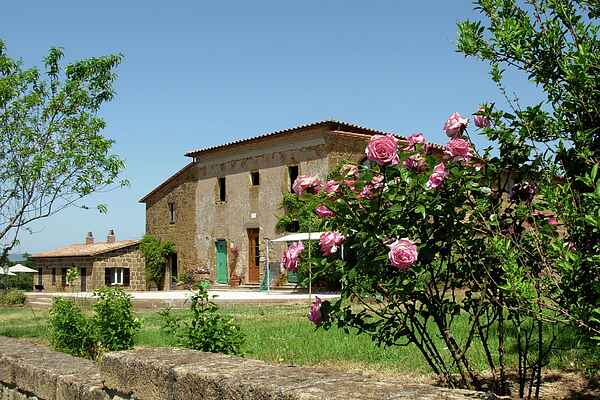 Farm house in Sorano