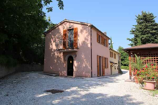 Farm house in Montecarotto