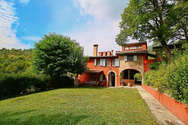 Villa i Fabriano