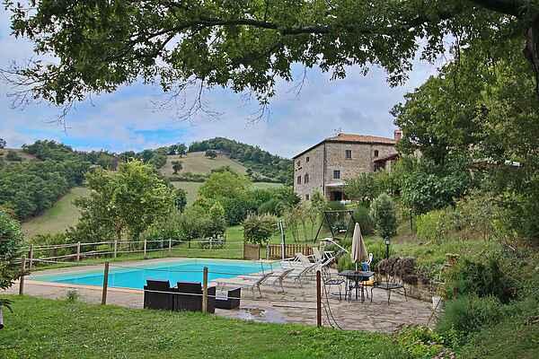 Farm house in Apecchio