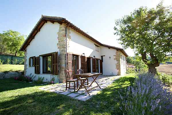 Holiday home in Amandola