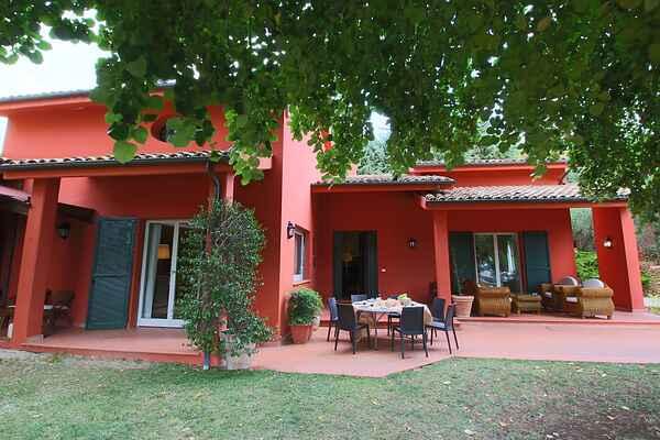 Cottage in Rosati