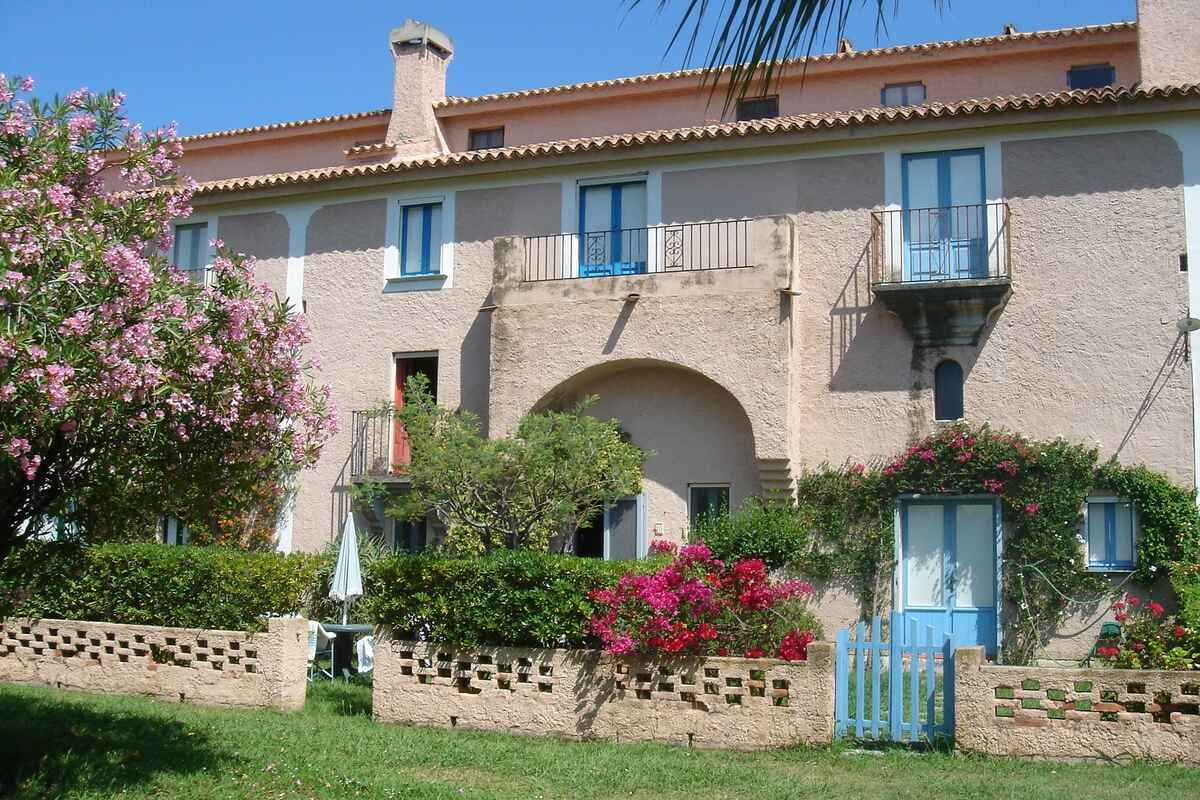 Rent penthouse in Scalea