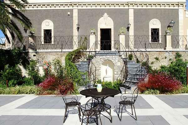 Villa in Centuripe