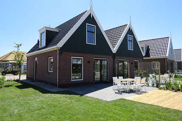 Holiday home in Uitdam