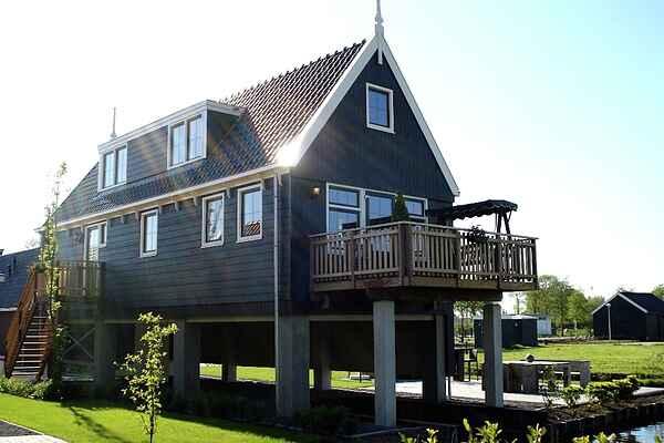 Villa i Oost-Graftdijk