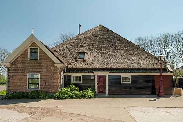 Farm house in Lutjewinkel