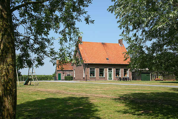 Farm house in Eede
