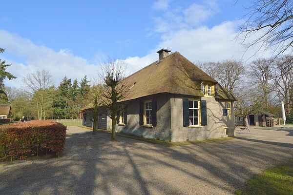 Holiday home in Verspreide huizen Ulvenhout