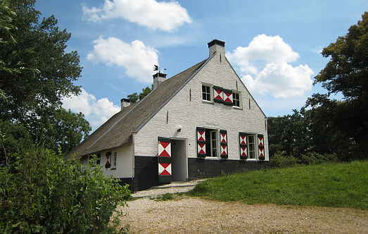 Gårdhus mh31473