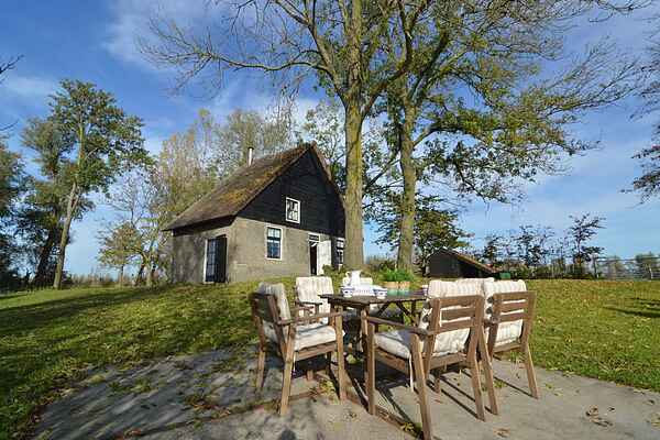 Holiday home in Hooge Zwaluwe