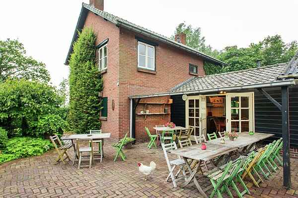 Holiday home in Lage Mierde