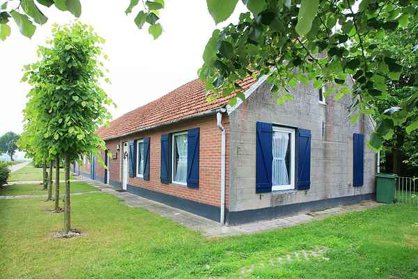 Holiday home in Nederweert-Eind