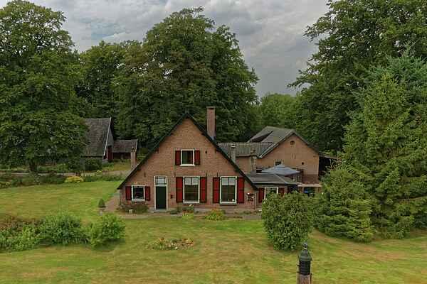Holiday home in Westelijk van Schaarsbergen