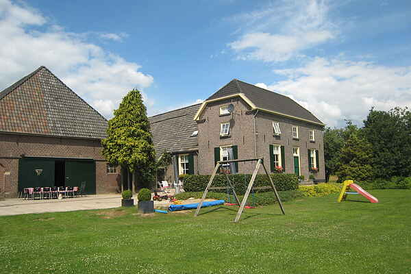 Farm house in Wijnbergen