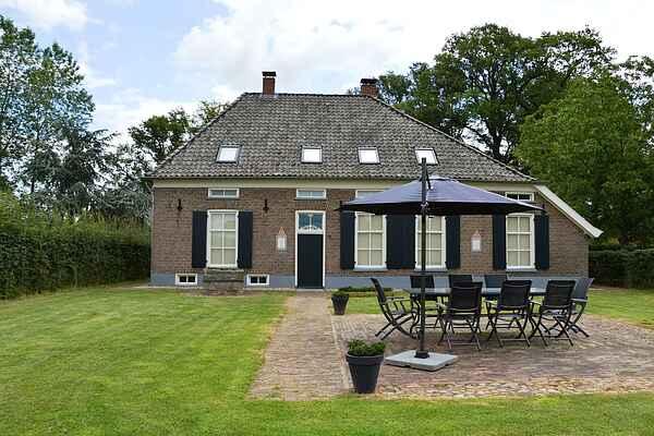 Farm house in Geesteren