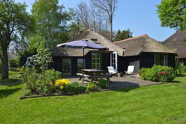 Farm house in Giethoorn