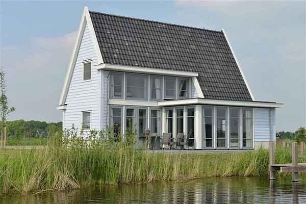 Villa in Giethoorn
