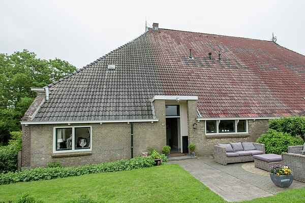 Farm house in Molkwerum