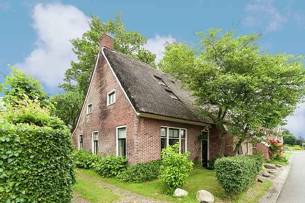 Farm house in Eext