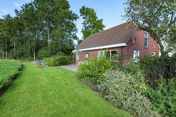 Holiday home in Blijham