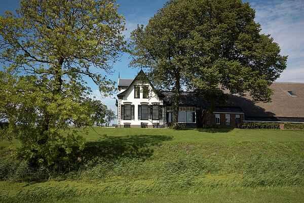 Farm house in Uithuizermeeden