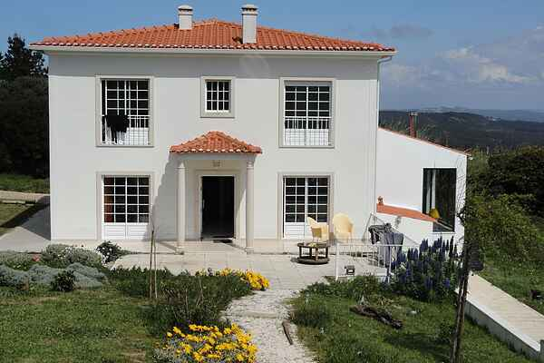 Villa in Serra do Bouro