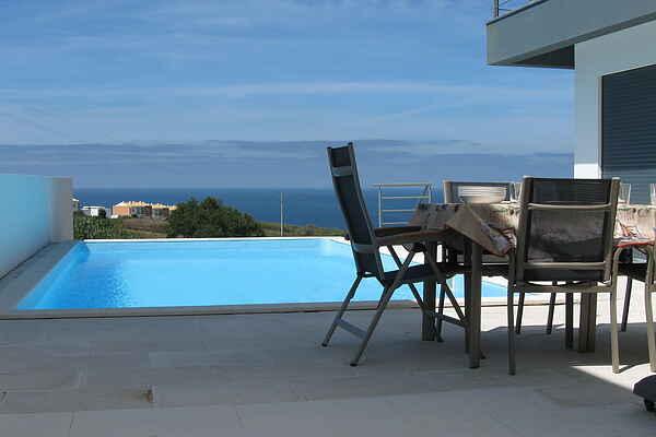 Villa in Atalaia