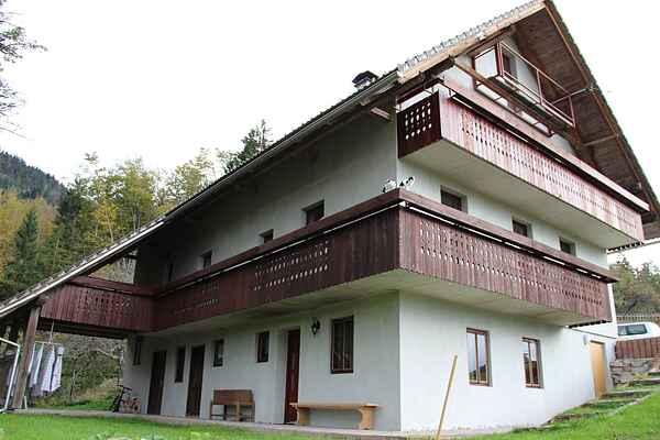 Apartment in Slamniki