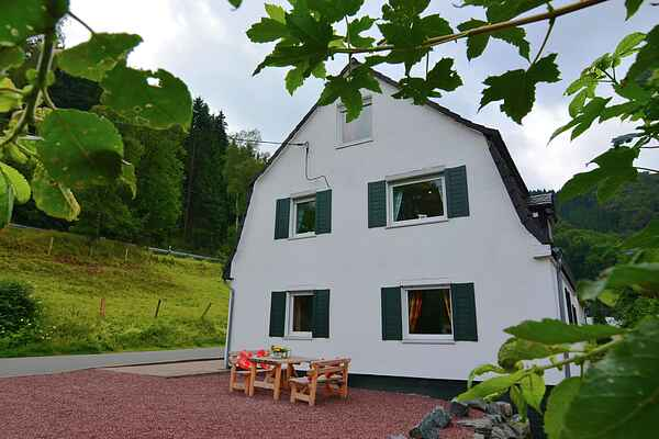 Holiday home in Elpe
