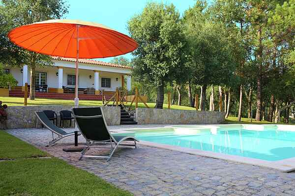 Villa in Salir de Matos