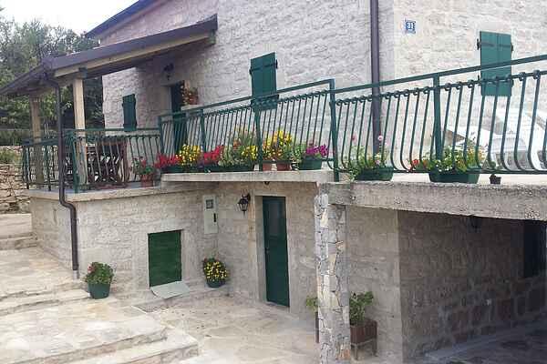 Sommerhus i Knin
