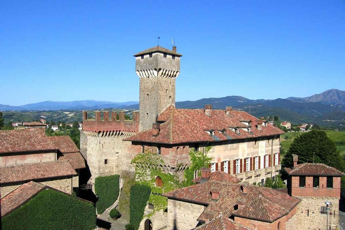 Case Nizza Monferrato foto