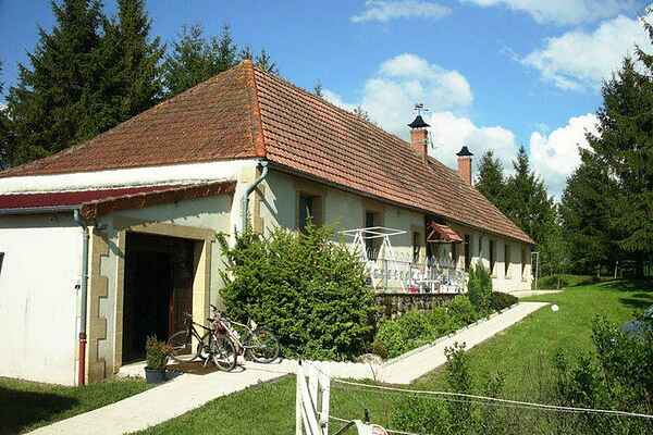 Holiday home in Cosne-d'Allier